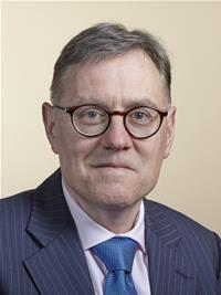 Cllr Simon Howell